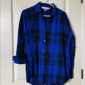 "Old Navy ""The Boyfriend Shirt"" - blue/black plaids"